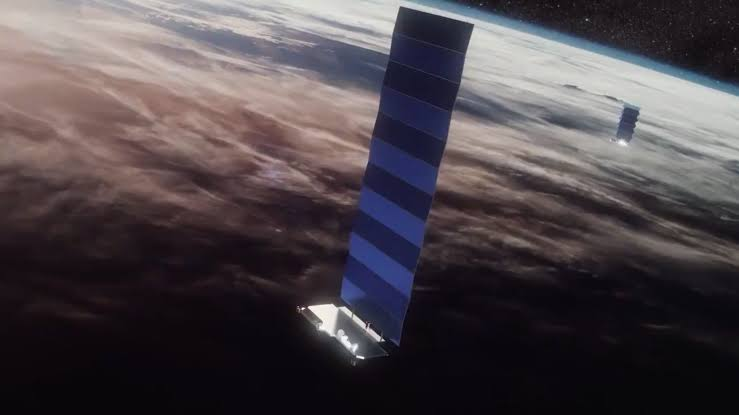 image for SpaceX and OneWeb satellites didn't have a close call in space after all