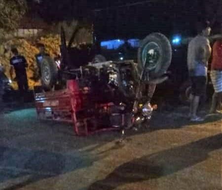 image for Dois Moto carros e uma Van se chocam na Avenida Pedro Teixeira