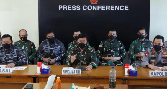 image for Indonesia da por muertos a los 53 tripulantes de submarino desaparecido