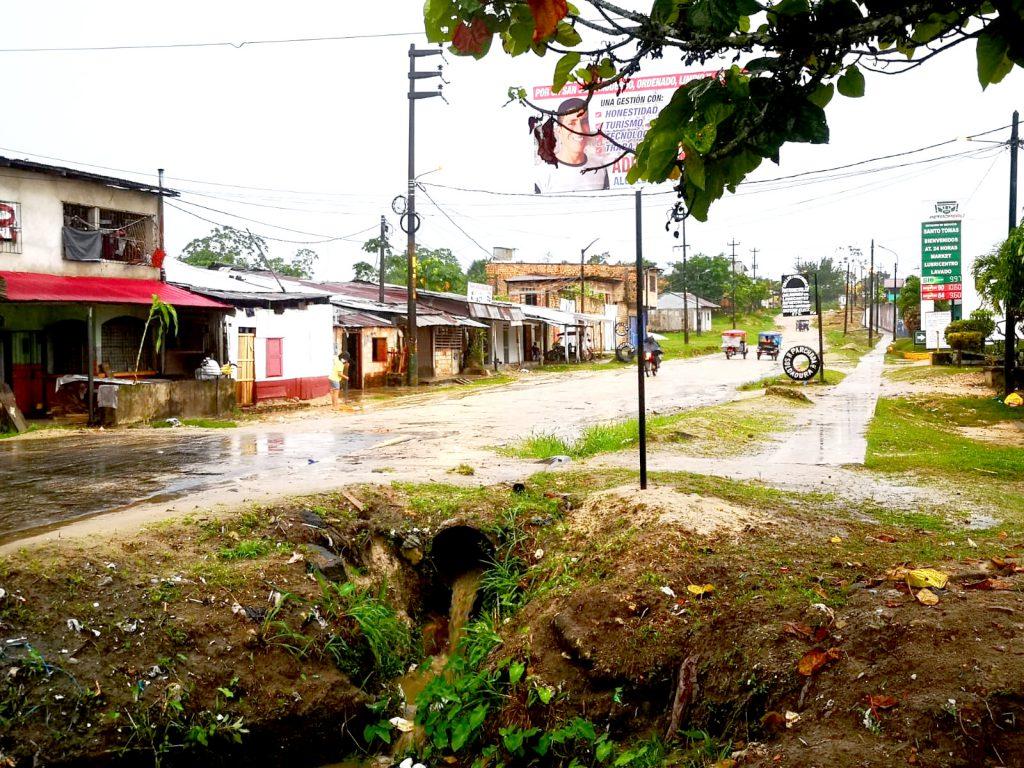 image for Asaltos en el kilómetro 1 de la carretera Santo Tomás