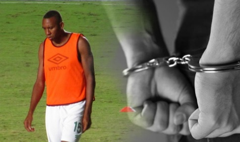 Foto de futbolista en montaje