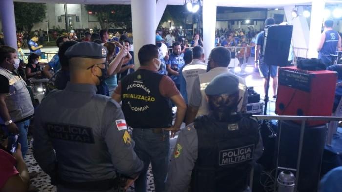 image for Festa clandestina com 500 pessoas no Atlético Rio Negro
