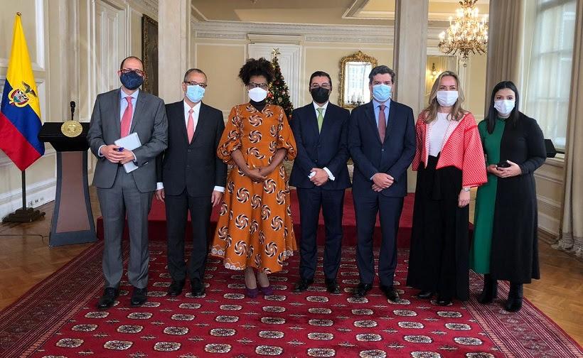 image for 1era Cumbre Colombia Científica liderada por Minciencias