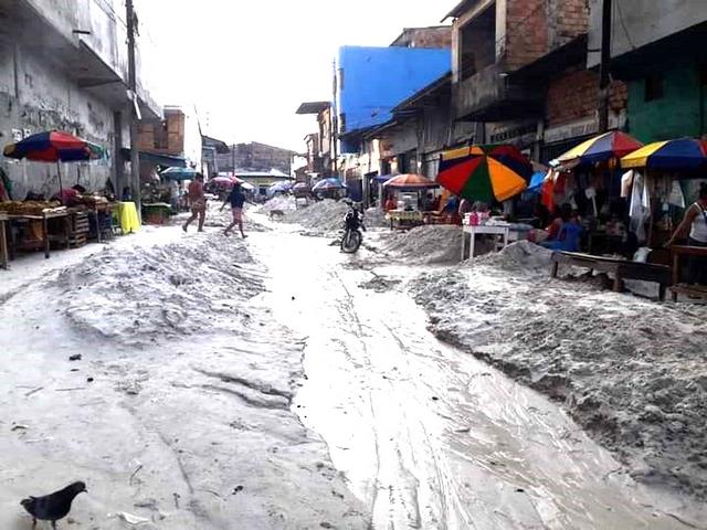image for Vecinos exigen reinicio de obra paralizada