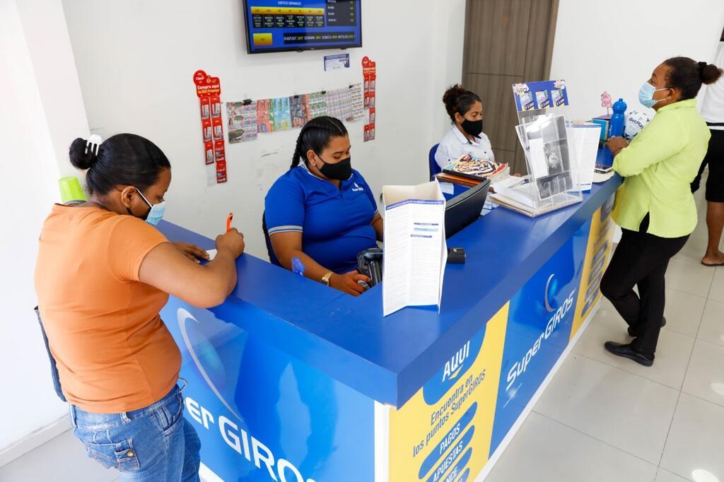 image for Inician pagos de ciclos pendientes para beneficiarios de Ingreso Solidario