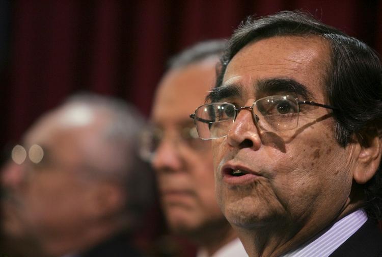 image for Ministro de Salud en entrevista
