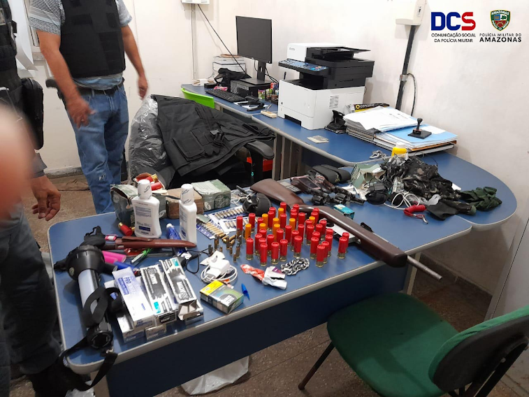 """image for Detém """"piratas dos rios"""" com armas e munições em Japurá-AM"""