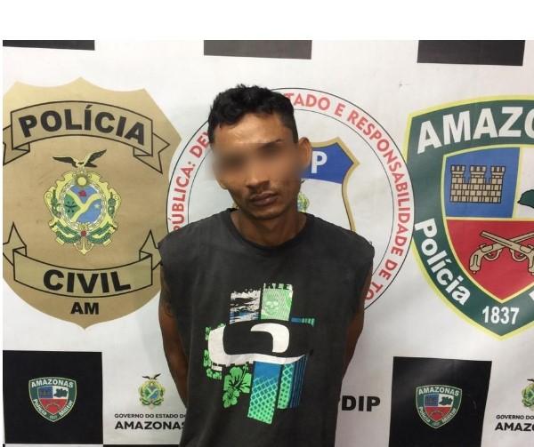 image for Polícia prende com meio quilo de oxi homem procurado por homicídio