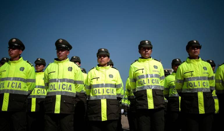 Policias en fila