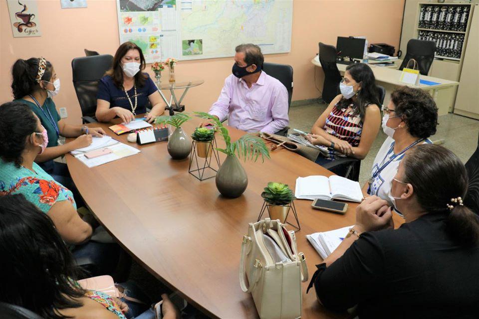 image for Cumprindo sua agenda de compromissos em Manaus / Prefeito