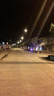 image for Ruas vazias à noite na cidade
