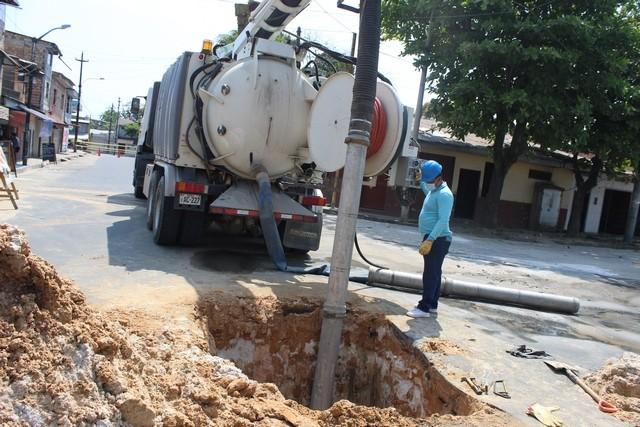 image for Reparan fuga de agua en sector Túpac Amaru