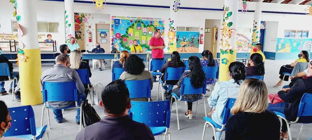 image for Prefeito realizou reunião de alinhamento com gestores de Educação