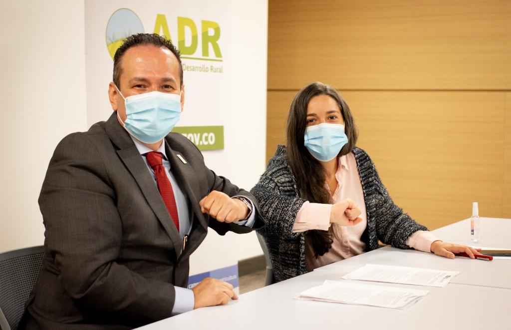 image for ADR y la Unidad para las Víctimas firmaron Memorando de Entendimiento