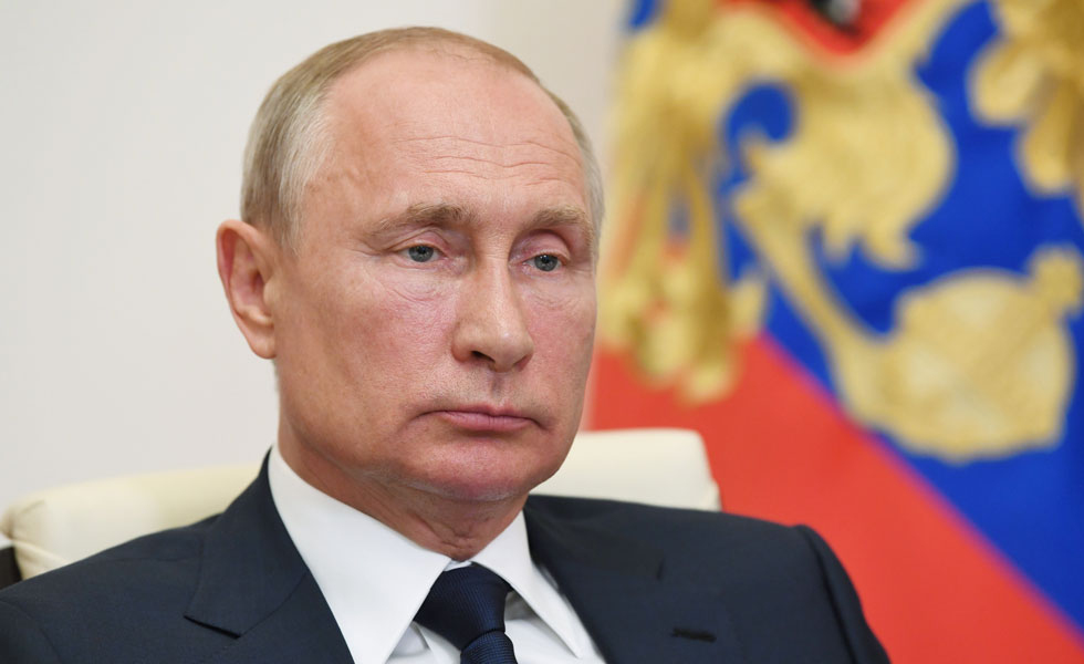 image for Putin invita a los extranjeros a ir a vacunarse a Rusia