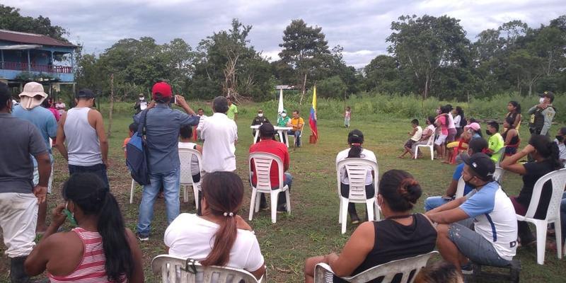 ICBF dialoga con familias del Amazonas sobre entornos protectores para la niñez