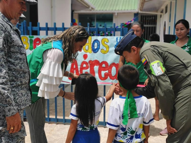 ICBF y Fuerza Aérea benefician a niños de Primera Infancia en Leticia, Amazonas