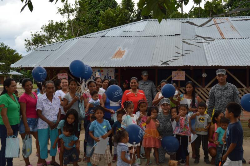 Madres del Amazonas celebran su día con la Fuerza Aérea Colombiana