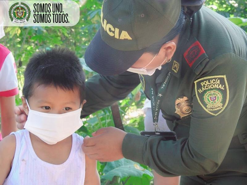 NUESTRA POLICÍA PROTEGIENDO CADA DÍA A NUESTROS NIÑOS Y NIÑAS