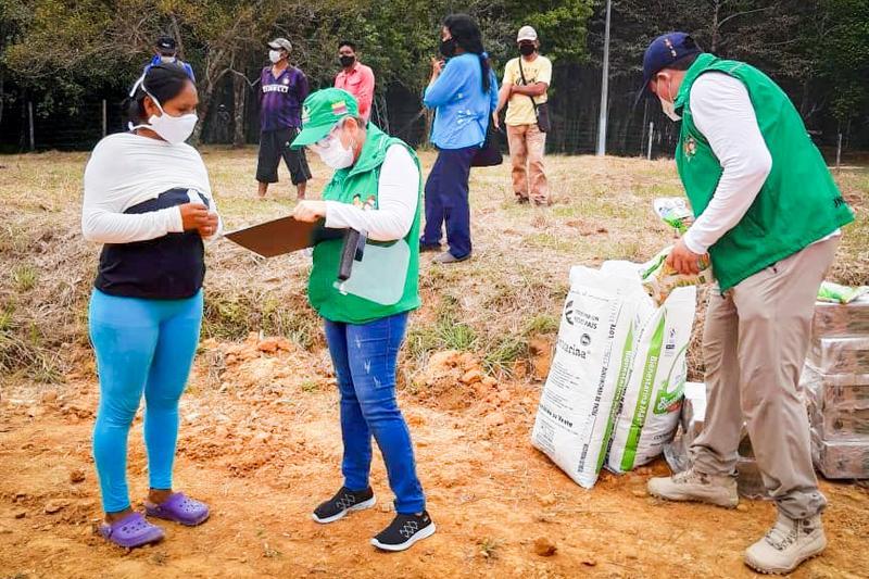 ICBF entregó 2.405 unidades de Bienestarina a población vulnerable en Leticia, Amazonas