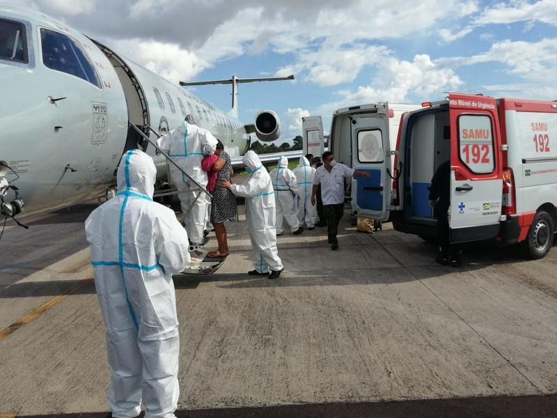 Transferidos para Manaus 09 nove pacientes com Covid-19