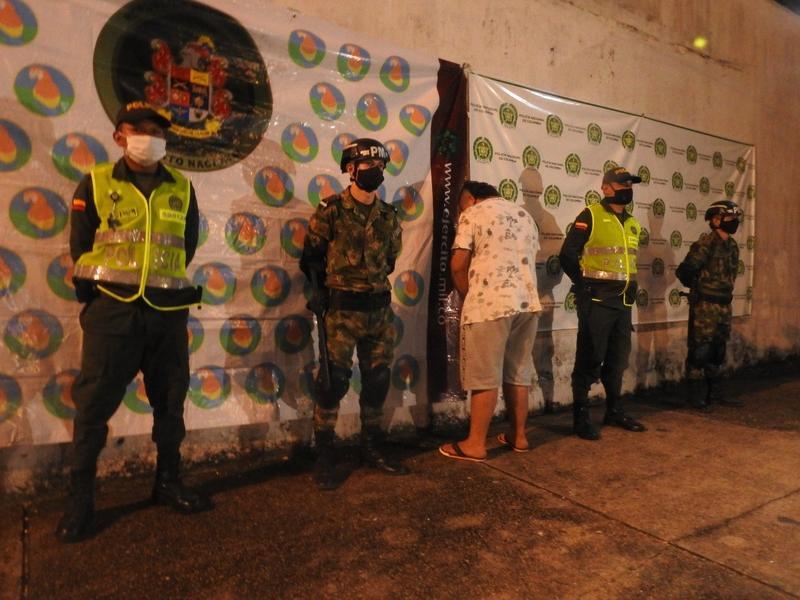 CAPTURADO HOMBRE QUE TRANSPORTABA EN UNA MOCHILA TRES KILOS DE BASE DE COCA