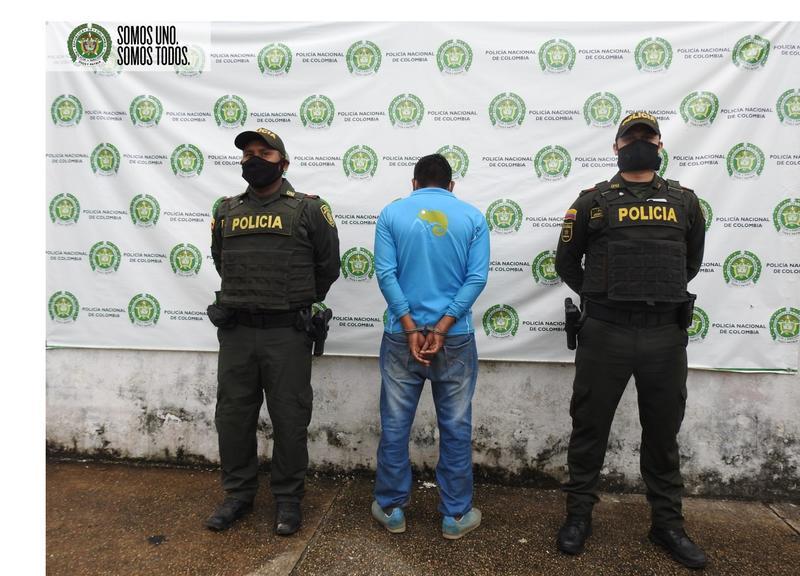 POLICÍA CAPTURA HOMBRE SEÑALADO DE ABUSAR SEXUALMENTE DE UNA ADOLESCENTE EN EL BARRIO PORVENIR-CASTAÑAL