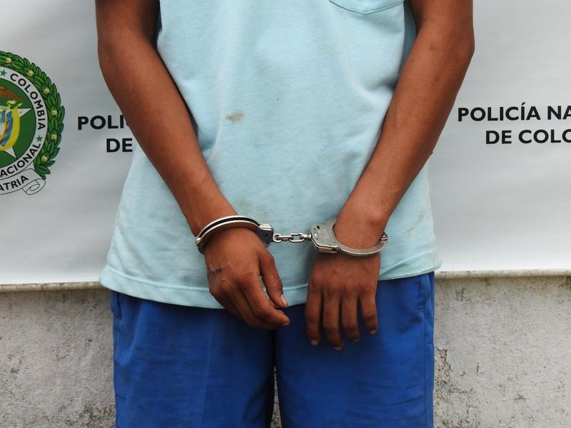 LA POLICÍA CAPTURÓ A UN HOMBRE QUE HABRÍA LESIONADO CON SU CAMIONETA A UNA CIUDADANA