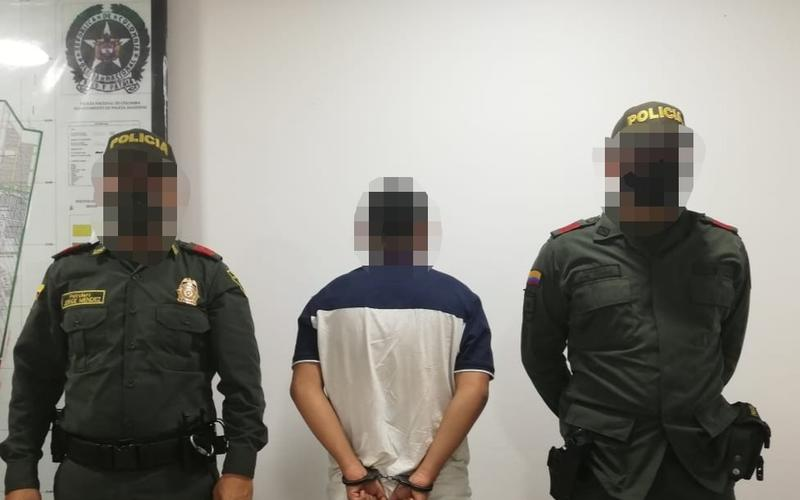POLICÍA CAPTURA EN FLAGRANCIA A SUJETO QUE PORTABA ARMA DE FUEGO