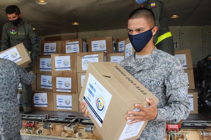 23 toneladas de apoyo humanitario fueron transportadas por su Fuerza Aérea hasta el Amazonas