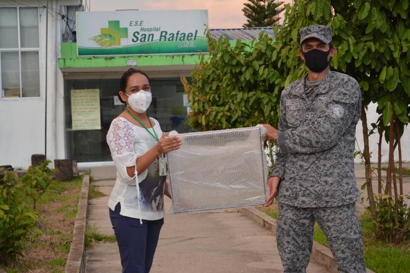 Aerosol Box fue entregado al Hospital San Rafael de Leticia por su Fuerza Aérea ante pandemia por Covid-19