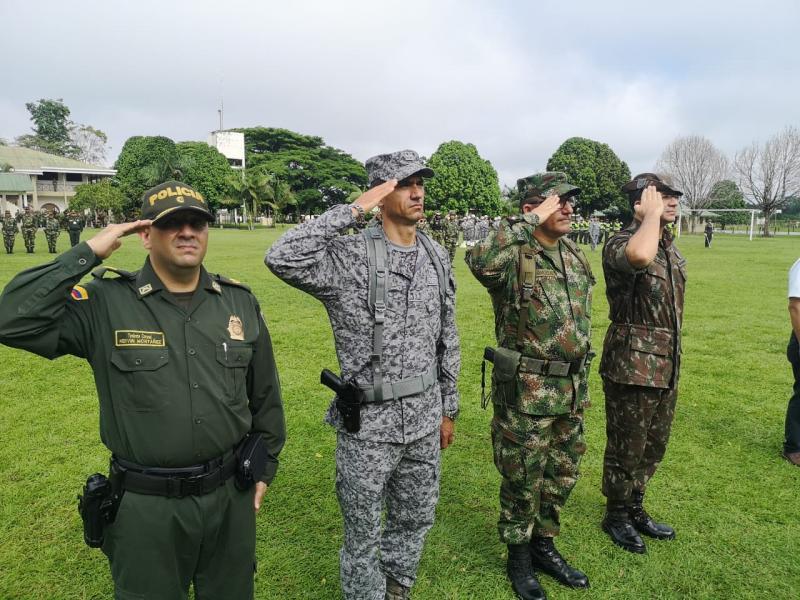 Fuerza Pública de Colombia, Brasil y Perú, honran los Símbolos Patrios en la triple frontera
