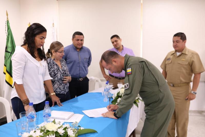 Fuerza Aérea Colombiana participó en el II Encuentro por la Unidad Regional en el Amazonas