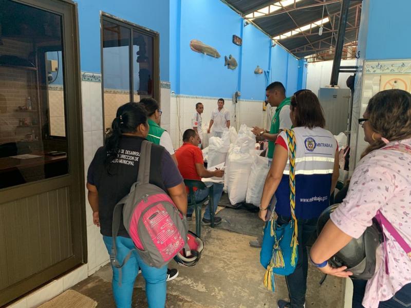ICBF lideró jornada contra el trabajo infantil en bodegas de pescado de Leticia, Amazonas