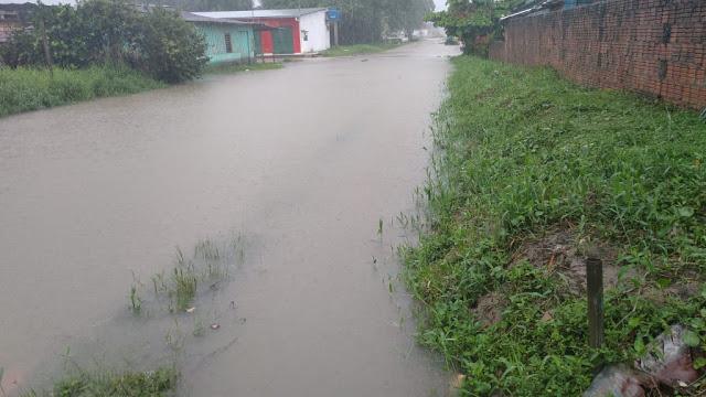 Chuva castiga Tabatinga com alagamentos