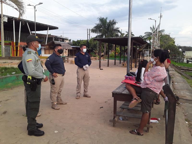 LA POLICÍA NACIONAL EN LETICIA - AMAZONAS INTENSIFICA CONTROL EN TEMPORADA DE AISLAMIENTO OBLIGATORIO