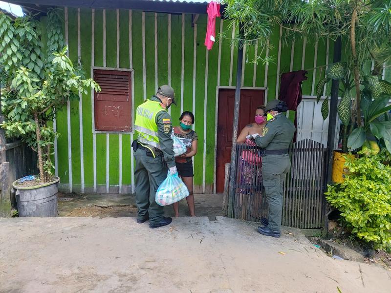 POLICÍA NACIONAL AUMENTA LAS ACCIONES POR EL BIENESTAR DE LAS FAMILIAS EN EL AMAZONAS