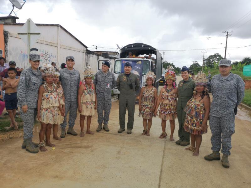 Madres celebraron junto a la Fuerza Aérea Colombiana en el Amazonas