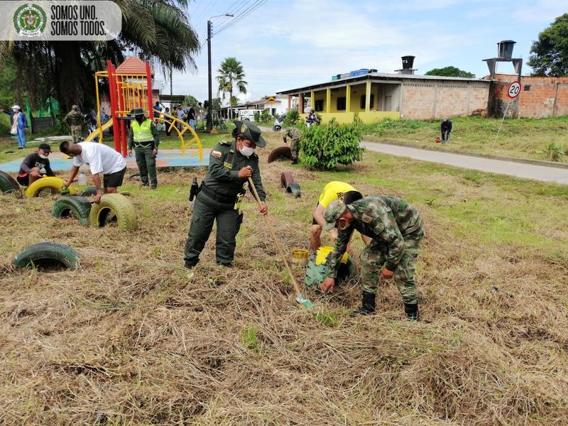 A través de labores preventivas y educativas Policía en leticia fortalece acercamiento con la comunidad
