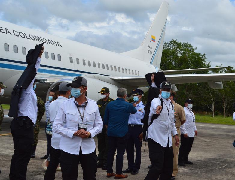 Presidente Iván Duque Márquez visitó la Amazonía y fue recibido por su Fuerza Aérea