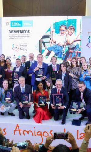 ICBF y UNICEF reconocen a alcaldes y gobernadores que se la jugaron por la niñez
