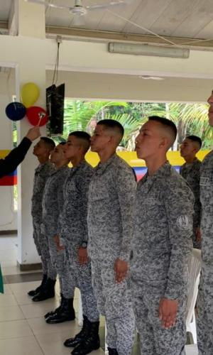 Soldados del Grupo Aéreo del Amazonas culminan su servicio militar