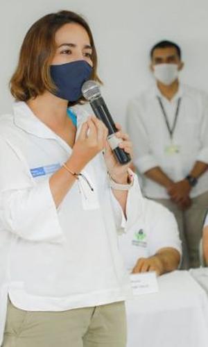 Directora de ICBF finalizó en Buenaventura jornada de trabajo por el Pacífico colombiano