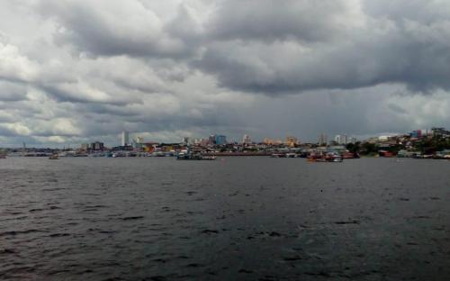 Chegando no porto de Manaus