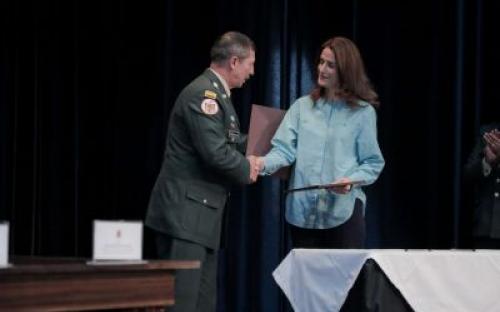 ICBF y Ejército firman convenio para fortalecer protección de la niñez