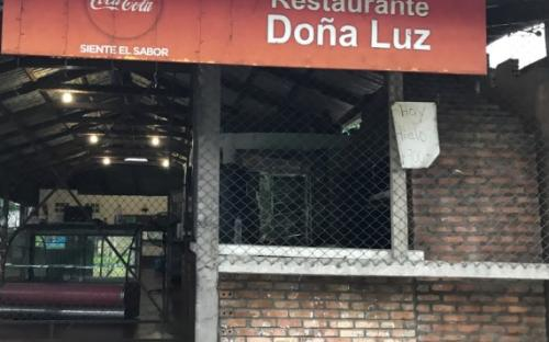 Entrada del reutaurante Doña Luz