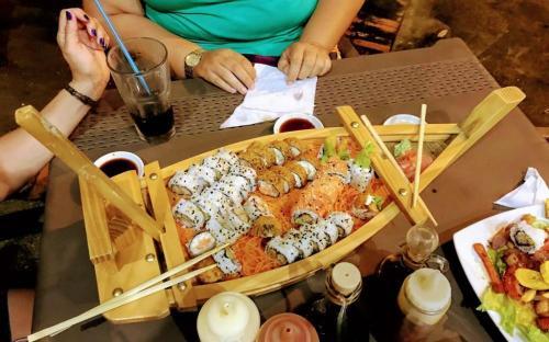 Barco de Sushi parque santander