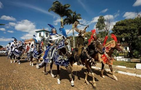image for Fiestas de las Cavalhadas en Pirenópolis