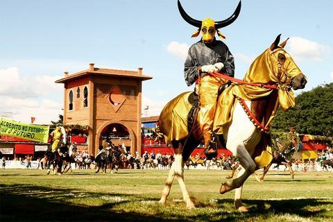 image for Fiestas de las Cavalhadas en Pirenópolis (Goías)