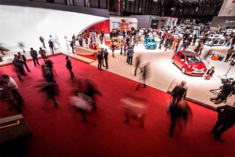Sala de convenciones de autos